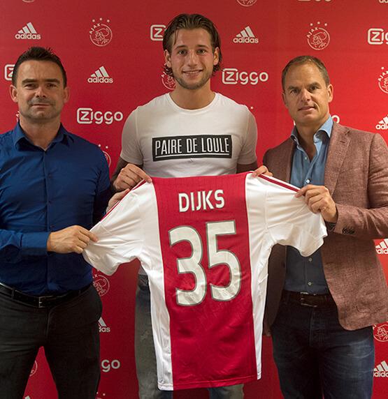 Mitchell Dijks-Cheaque-Ajax-Paire de loule_T-shirt