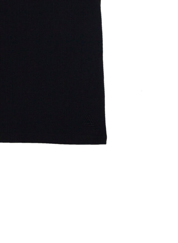 ICON BLACK TEE